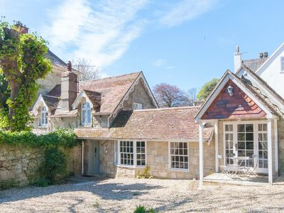 Photo for 4 bedroom Cottage in Bonchurch - IC057