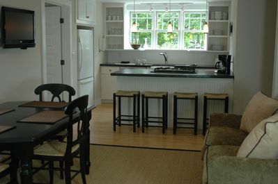 Dunmore Suite Kitchen/Dining/Family Room