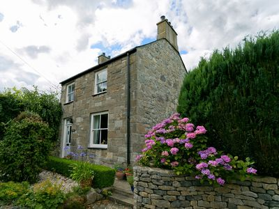 Photo for Honey Hill Cottage dog friendly Sleeps 6 near Beauamaris and Penmon