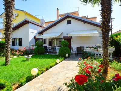 Photo for Apartment Botanica  in Vodice, Central Dalmatia - 4 persons, 1 bedroom