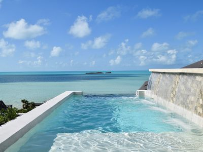 New Modern Beachfront 2brdm/2bath with pool and incredible view!