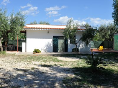 Photo for House 10 meters from the sea with beach service included in the price.