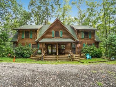 Photo for Private Dock, Hot Tub, Gas Fireplaces,4 Kayaks, Pool Table, Air Hockey Table