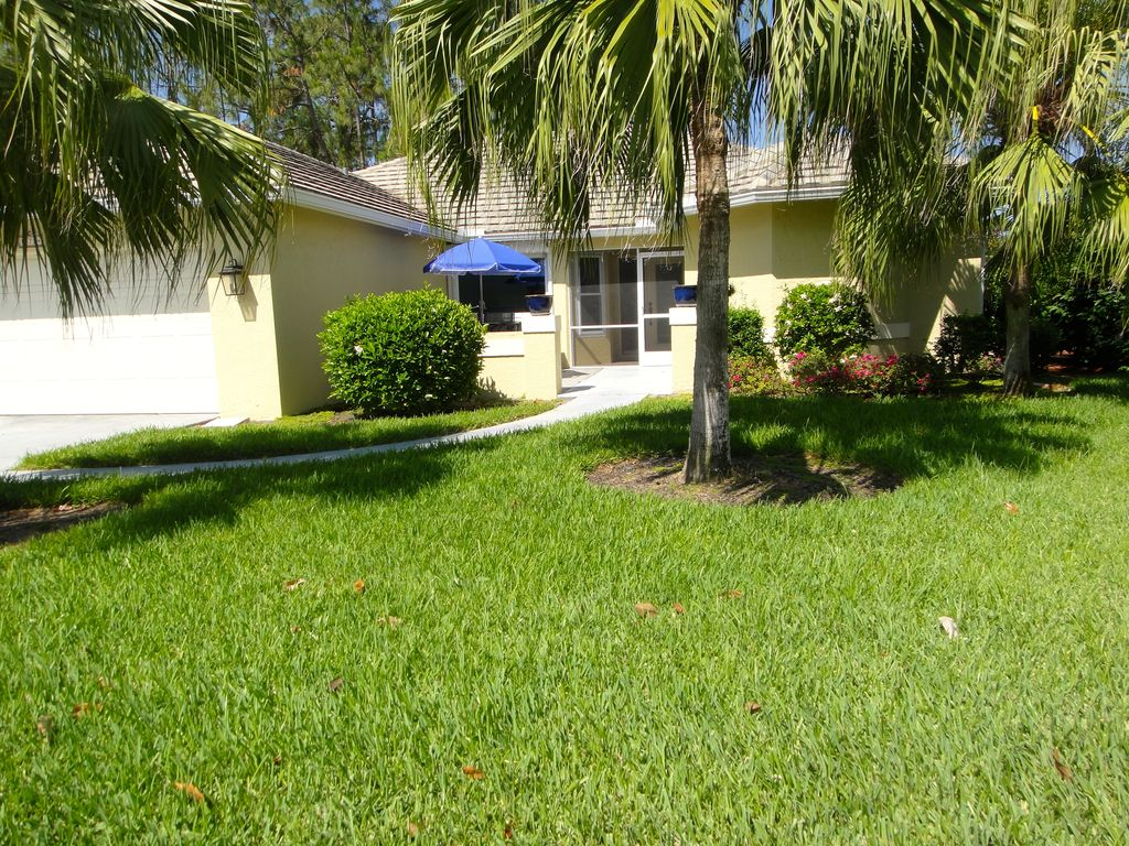 Single family home with golf privileges ove vrbo for Fairway house cleaning
