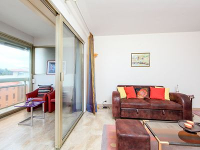 Photo for Apartment L'Astrolabe in Cannes - 4 persons, 2 bedrooms