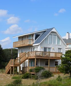 Photo for 4BR Cottage Vacation Rental in Emerald Isle, North Carolina