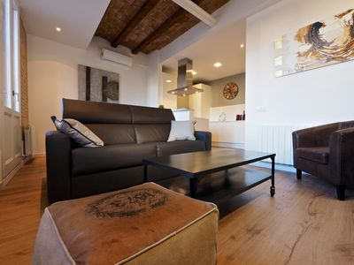 Photo for 2BR Apartment Vacation Rental in Barcelona, Barcelona