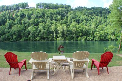 Life at the river doesn't get any better!  Picture yourself relaxing here