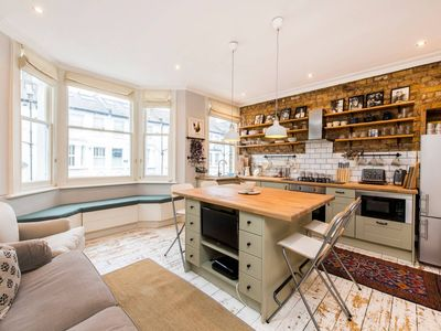 Photo for Charming, Recently Renovated 2-Bed in Fulham