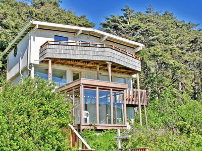 Photo for Rough House Condo, Moclips Ocean View. Hot Tub.