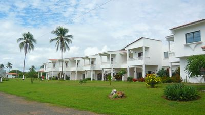 Photo for Huge 3 bedrooms villa with pool and sea view, in a quiet American residence...