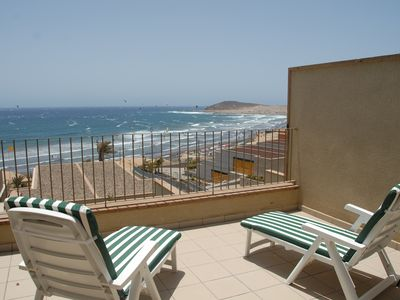 Photo for Casa Médano 37 Beach apartment, overlooking the sea.