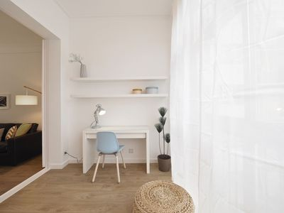 Photo for Apartment in the center of Barcelona with Internet, Air conditioning, Lift (992215)
