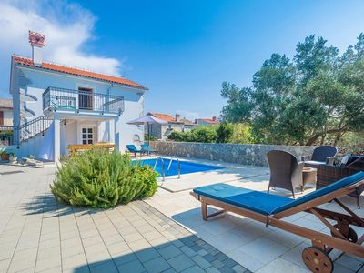 Photo for Wonderful and cheerful holiday home  with private pool in Kornić, Island Krk, Croatia for 8 persons