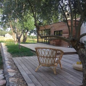 Photo for Family home surrounded by nature, swimming pool, great view of Provence, 9pers