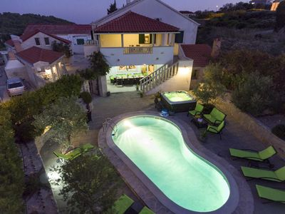 Photo for luxurios and comfortable Villa/Island Brač/with pool,jacuzzi/tranpol / 14people