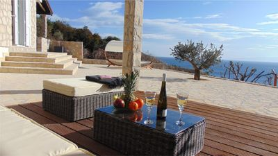 Photo for Apartment Jelsa for 4 - 5 people with 2 bedrooms - Apartment in villa
