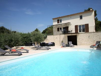 Photo for Country-style decorated villa with private pool, in the heart of the Luberon