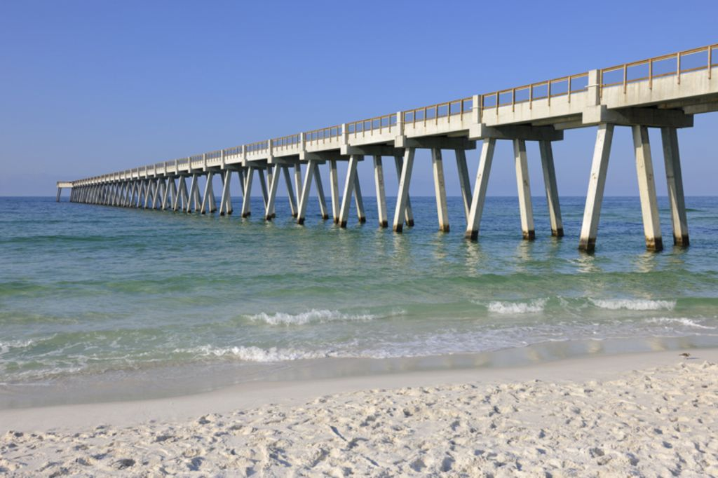 Direct gulf front summer rental navarre beach navarre for Pensacola beach fishing pier