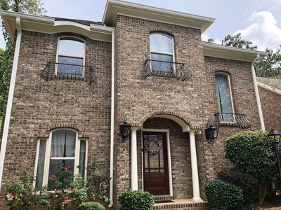 Photo for Great location close to Ole Miss and the Square! ~ 3bd/3ba ~ 3 parking spots