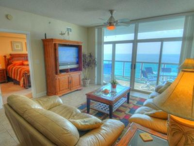 Photo for Blue Water Keyes - PH 6 Luxurious 3 bedroom right on the Ocean!