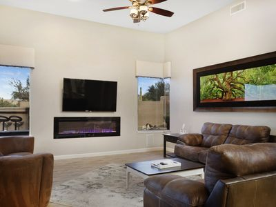 Photo for Pool table, Outside Grill, Pool and Spa, Built-in Aquarium, Mtn. & City Lights