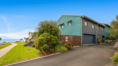 Photo for 3BR Townhome Vacation Rental in Cowes, VIC
