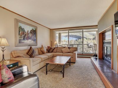 Photo for Charming, Oversized Two Bedroom, with Corner Views of the Snake River!