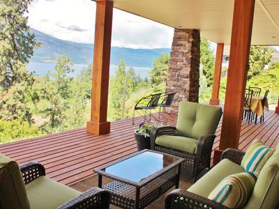 Photo for Heart of Okanagan Centre, close to the lake and wineries! Available in August!