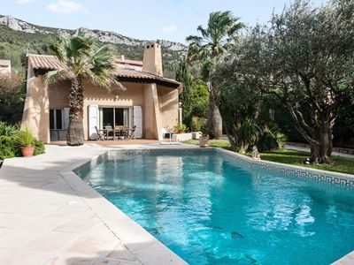 Photo for Villa with private heated pool overlooking the forest - 5-room villa 8 people - Selection