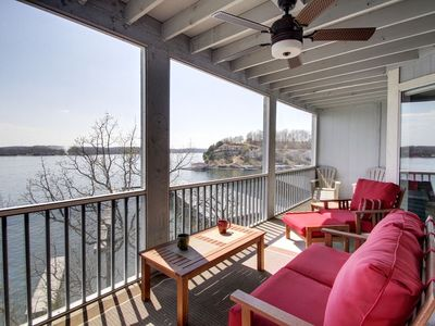 Photo for Walk-in unit main channel waterfront view 3bed/3bath (sleeps 8) Wifi