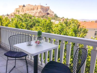 Photo for Luxurious apartment with breathtaking views of the Acropolis, Temple of Zeus.