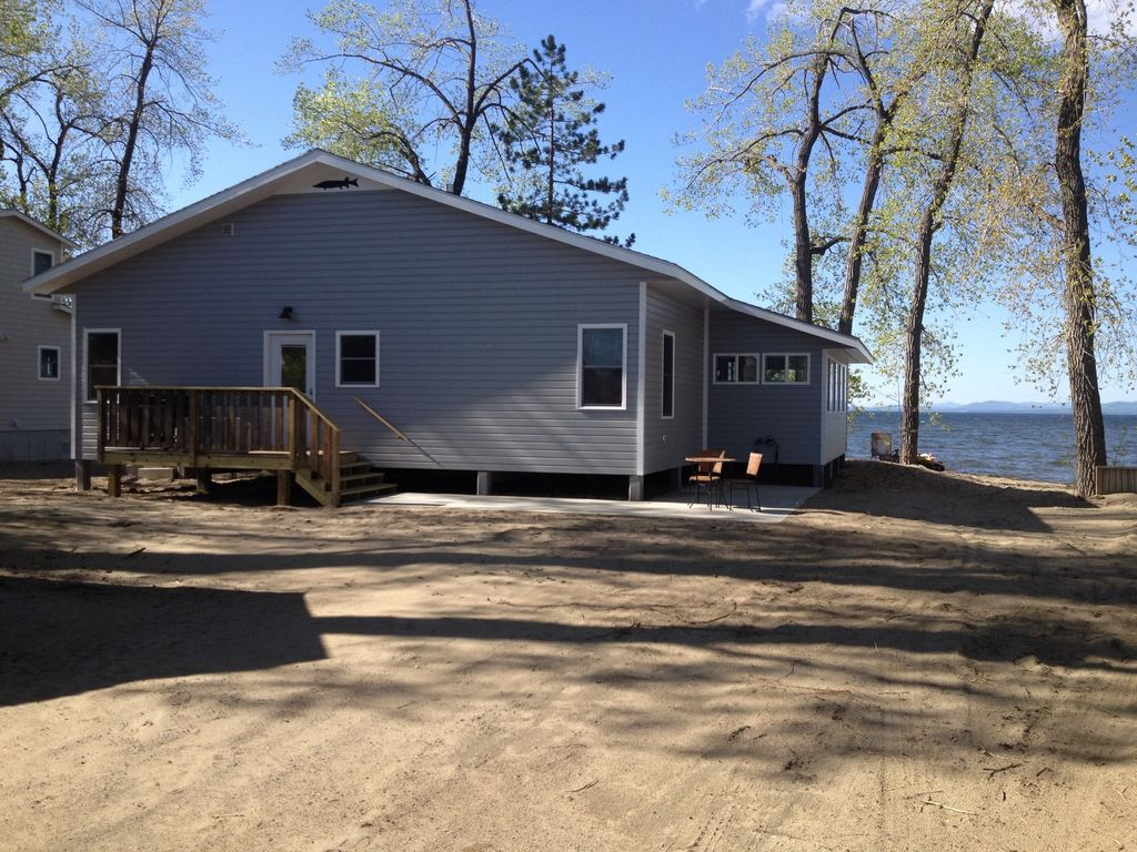Beach house wi fi central a c live it up homeaway for Bumping lake cabin rentals