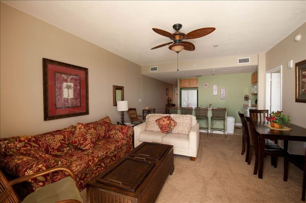 Beautiful spacious ocean front 2 bed 2 bath condo 9th - Florida condo swimming pool rules ...