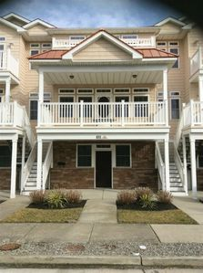 Photo for Spacious 4BR/3BA Townhome