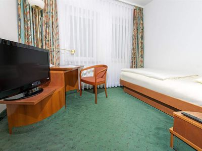Photo for DORMERO Junior Suite, Early Booker 2 - DORMERO Hotel Dresden Airport