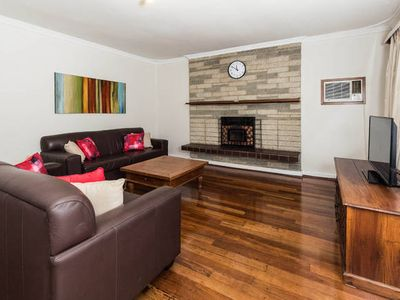 Photo for Cosy Lodge Thornlie - comfort at value price.