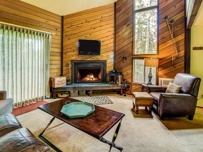 Photo for Dog-friendly condo with ski-in/ski-out access to Navajo - great for families!