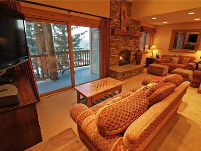 Photo for Snow Flower Condo #71, 3 bed/loft 3 bath, sleeps 10 SKI-IN/SKI-OUT to Park City Mountain Resort