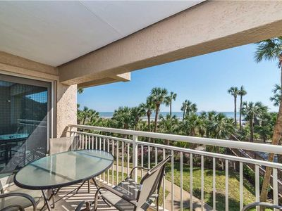 Photo for Captains Walk 411, Deluxe 2 Bedroom, Sleeps 7, Large Pool, Oceanfront