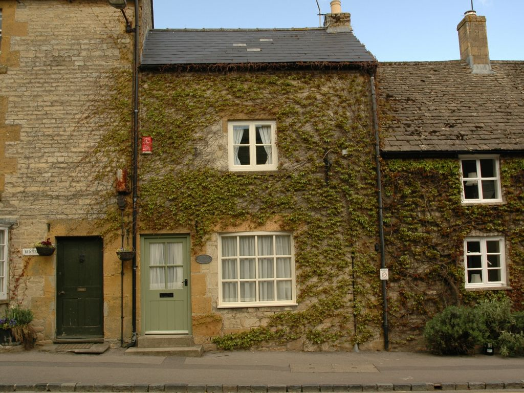 Cottage per 4 persone nel stow on the wold 6113316 for Planimetrie di piccoli cottage
