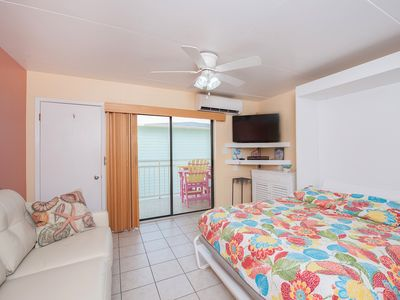 Photo for Studio With A Barefoot Walk To Gulf Beach-Free Wifi/DVD - Keyless Entry