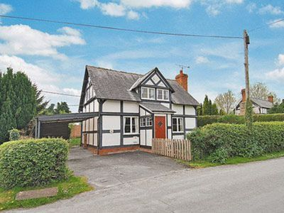 Photo for 3 bedroom property in Leominster. Pet friendly.