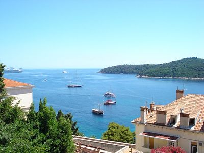Photo for Apartment With Sea View, Old Town And Island Lokrum View