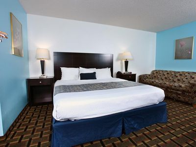 Coratel Inn & Suites Newton  - 1 King Bed NS