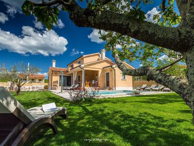 Photo for Lovely family villa with private pool near Vrsar
