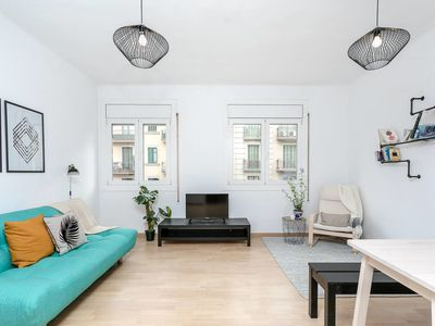 Photo for Lovely 2bed/3bath in the heart of Eixample