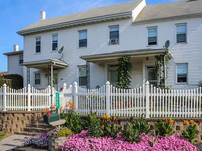 Photo for Family-friendly, 1 mile from Intercourse Village and Kitchen Kettle PA