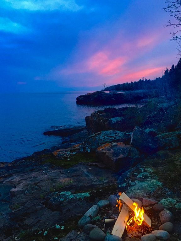 Storybook Northwoods Log Cabin On Lake Superior Between