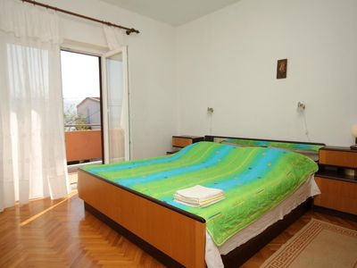 Photo for One bedroom apartment with terrace and sea view Pag (A-6467-c)